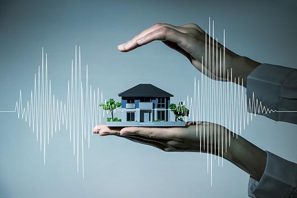 """""""古い家なので地震が心配です。耐震補強が必要となる目安があれば教えてください。""""はロックされています。 古い家なので地震が心配です。耐震補強が必要となる目安があれば教えてください。"""